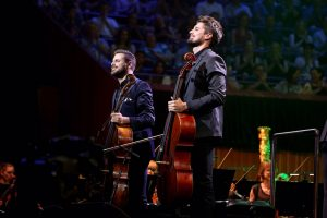 2CELLOS – Moon River
