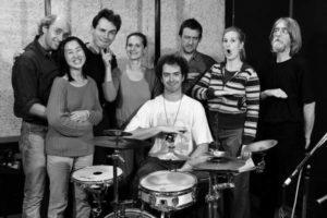 Koncert doma: ČOMPE V IZŠTEKANIH, 2004