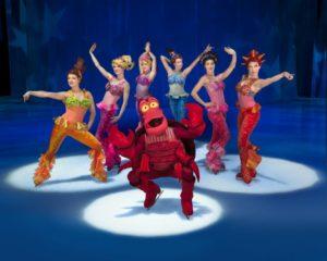 Osupljivi akrobatski nastopi, veličastna scenografija in ekstravagantni kostumi – Disney na ledu