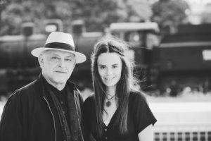 Zaradi izjemnega odziva Ditka in Feri Lainšček podaljšala glasbeno turnejo