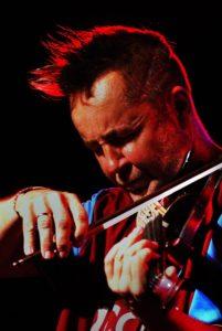 Nigel Kennedy – violinistični virtuoz februarja prvič prihaja v Slovenijo