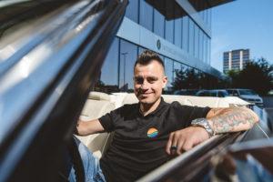 Omar Naber – 700 kilometrov in 9 lokacij – za nov videospot Cesta in nebo