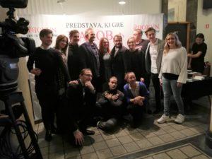 Predstava do solz nasmejala tudi slovenske estradnike