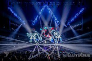 Rock koncert leta z razkošno svetlobno produkcijo!