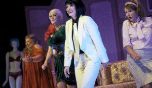 Helena Blagne iz Menopavze nazaj na koncertne odre