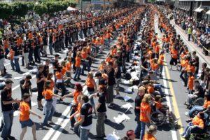 Podiranje Guinnessovega rekorda v plesanju četvorke samo v Ljubljani!
