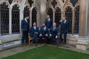 Prihaja sekstet, ki je nastopil tudi na poroki princa Harryja in Meghan Markle – The Queen's Six