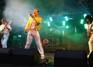 The Bohemians – briljantni posnetek Queenov ob 40.letnici originalne skupine